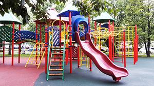 Детские игровые комплексы из пластика